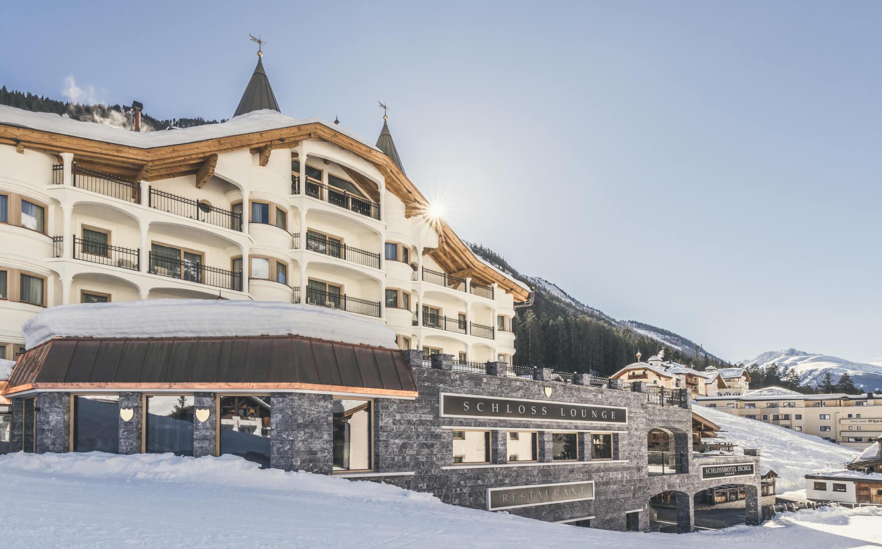Schlosshotel Ischgl 5-Sterne Superior Wellnesshotel direkt ...